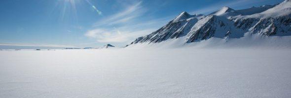 Antarctica-Snow-768x452